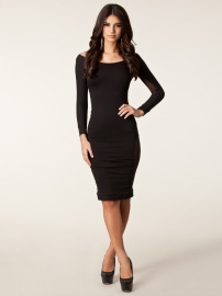 long sleeve black women dress backless