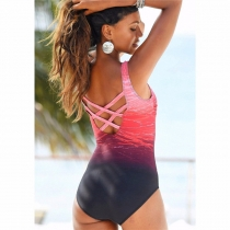 2018 New Women  Sexy Backless One-piece Swimsuit Plus  Gradient Swimwear