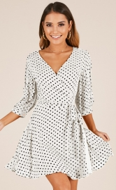 Sexy V-neck polka dots printed half sleeve lace-up women dress